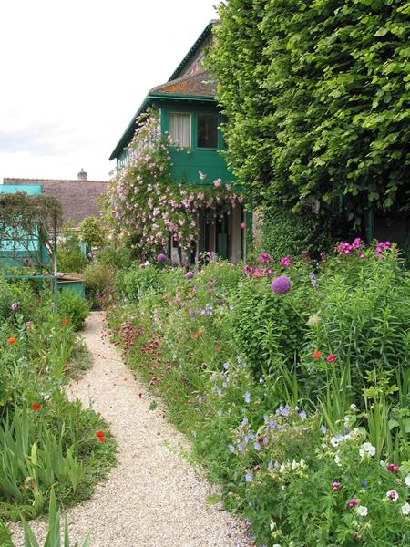 A pathway in Monet's garden which is defined by lines